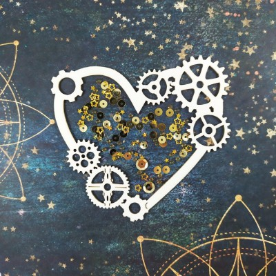 Heart shaker with gears (large)